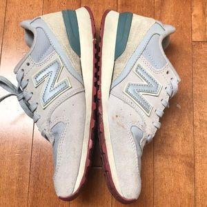 New Balance Shoes - Preloved new balance 696